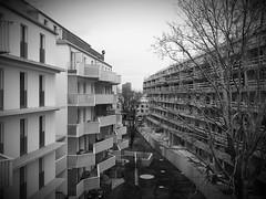 Simmering_01_SW (Kurrat) Tags: wien vienna simmering architektur gebäude wiensüd neubau franzhaasplatz österreich austria architecture