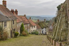 Gold Hill Shaftesbury, Dorset (Hoovering_crompton) Tags: goldhill shaftesbury dorset hovis advert hill cobbles cottages england nikon d3300 cloudy blackmore vale britain great choclate box idyllic landscape grey sky snapspeed