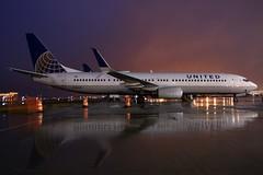 N38443 United 737-924ER at KCLE (GeorgeM757) Tags: united continental 737924er weather aircraft alltypesoftransport aviation airport kcle clevelandhopkins georgem757 nightairplane n38443