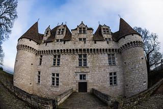 Monbazillac Castle : Dordogne : Périgord : France : Nikon D600 : Nikkor 16 mm F2.8 AFD Fisheye