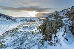 Light against the rocks (Howie Mudge LRPS BPE1*) Tags: birdrock craigyraderyn winter snow rocks sky sunset goldenhour december 2017 gwynedd wales cymru uk ice clouds sony sonya77ii fotodioxpro adapter canon1740mml adaptedlens adaptedglass landscape nature ngc nationalgeographic outside outdoors greatoutdoors flare