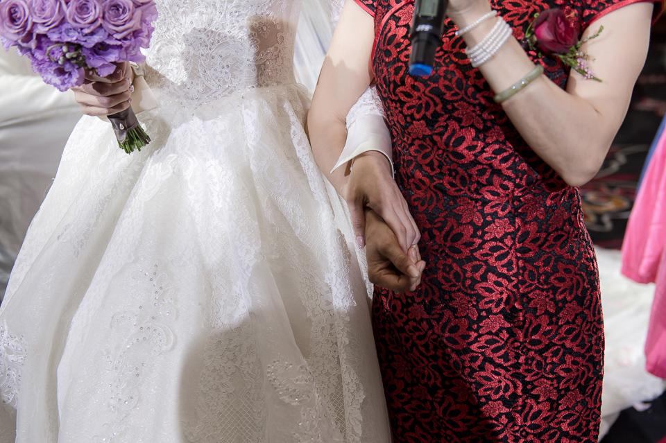 婚攝 高雄林皇宮 婚宴 時尚氣質新娘現身 S & R 125