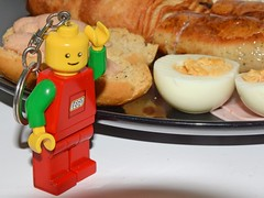 Breakfast 52/2018 (Charles Dawson) Tags: food breakfast lego legotorchman