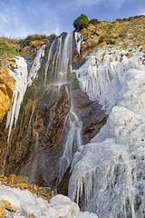 Ouessant, la cascade gelée de Kadoran (cedric.cain29) Tags: cedriccaïn ouessant îledouessant iroise bretagne finistère lumièresdouessant paysages bzh cascade kadoran glace froid vaguedefroid moscouparis waterfall