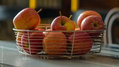 Apples. ((Paolo P)) Tags: cibo food mele apples frutta fruit stilllife naturamorta