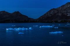""""""" Hora Azul """" (JJSantosphoto) Tags: canon canoneos1dx jjsantos jjsantosphoto travel viagem horaazul hora azul crespusculo anoitecer antartica antartida antarctica peninsulaantarctica expediçãoantarctica expedição gelo lago mar oceano"""