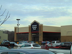 Lowe's (Waterford, Connecticut) (jjbers) Tags: lowes hardware store waterford connecticut cross road center january 27 2018 former ames