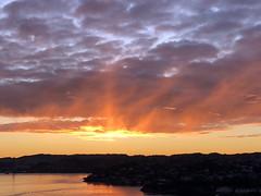 Askøy himmel -|- Sunset time at Askøy (erlingsi) Tags: no askøy strusshamn sunset solnedgang hordaland