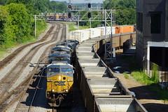 CSX Q143 AT ATLANTA, GA (railfan1967) Tags: csx csxt q143 intermodaltrain howellwye atlanta georgia westmariettasteetnw overpass gees44ah 788 yn3