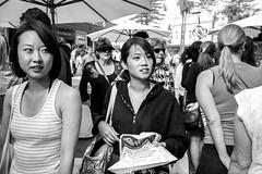 Manly Village markets, Sydney  #511 (lynnb's snaps) Tags: 2011 35mm fujicolour400 manly mjuii colour film people street manlyvillage markets sydney australia 35mmfilm olympusmju pointandshoot blackandwhite bw bianconegro bianconero blackwhite biancoenero blancoynegro schwarzweis noiretblanc faces