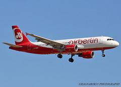 A320-200_AirBerlin_D-ABDW-001 (Ragnarok31) Tags: airbus a320 a320200 air berlin dabdw