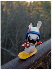 Raving Rabbids,  un lapin intrépide . (LUDOVIC. R) Tags: ravingrabbids fuji x 10 lapins crétins toy