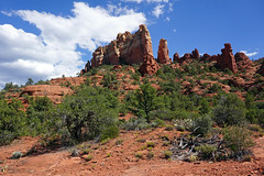 Snoopy Rock - view from Margs Draw Trail - Sedona, AZ (SomePhotosTakenByMe) Tags: redrock urlaub vacation holiday usa america amerika unitedstates arizona sedona outdoor margsdraw trail hike wanderung nature natur landschaft landscape snoopy peanuts snoopyrock baum tree