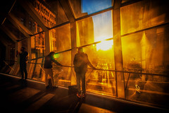 Sunset Along Queen Street (A Great Capture) Tags: agreatcapture agc wwwagreatcapturecom adjm ash2276 ashleylduffus ald mobilejay jamesmitchell toronto on ontario canada canadian photographer northamerica torontoexplore winter l'hiver 2018 sunset atardecer queenstreet bridge people windows eatoncentre mall shopping centre downtown sun dusk sundown