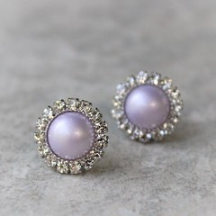 Lavender pearl earrings! Ships in a gift box! https://t.co/csQYilaYJs #jewelry #Earrings #cute #gift #wedding https://t.co/0OYc0oM6Xj (petalperceptions.etsy.com) Tags: etsy gift shop fashion jewelry cute