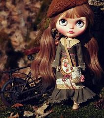 I made her a new dress. (Herzlichkeiten) Tags: doll blythe customblythe blythefashion lieselotte herzlichkeiten