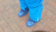 moon boot blue (wellyTomWA) Tags: moon boots tecnica vinil blue snow apres ski helly hansen pants