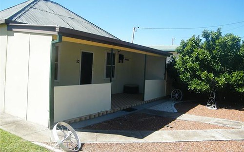 93 Berthong Street, Cootamundra NSW
