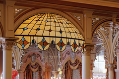 Disneyland Plaza Inn Restaurant (1000 Words Gallery) Tags: ralphevelasco 1000wordsphotography 1000wordsgallery 1000words photography photo canont3i canon t3i canon600d rebel eos digital slr digitalcamera digitalslr eoskissx5 eos600d orangecounty oc southerncalifornia california stainedglass lighting disneylandplazainn bokeh depthoffield yellow interior restaurant waltdisney disneyland anaheim dof architecture bokehwhores