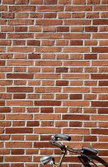 Parked (CoolMcFlash) Tags: bike bicycle wall bricks brickwall texture pattern minimalistic minimalism minimalistisch canon eos 60d rad fahrrad wand mauer ziegel ziegelwand textur muster fotografie photography sigma 1020mm 35 copyspace negativespace
