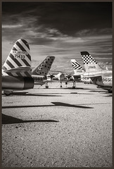 Pima A&S IR #4 2018; Heads or Tails (hamsiksa) Tags: flight flying aviation aerospace plants airplanes aeroplanes warplanes warbirds tails fighters jets military airforce black whiteinfrareddigital infraredinfrared photographymuseumair museumpima air space museumavieation historyhistory