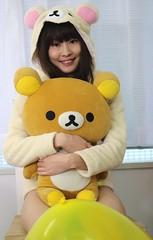 Teddy (emotiroi auranaut) Tags: teddy bear toy cute girl woman lady model happy adorable rilakkuma hug pal friend fun yellow balloon