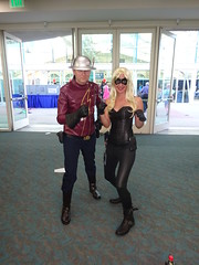 The Flash and the Black Canary (Sconderson Cosplay) Tags: comic con san diego sdcc 2016 flash jay garrick hunter zolomon earth2 cosplay black canary