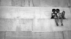 Rüdesheim 2016.08.07. Children with Smartphone - 3.2 (Rainer Pidun) Tags: children smartphone blackwhite kinder
