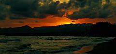 Atardecer mediterráneo (portalealba) Tags: cambrils tarragona cataluña españa spain portalealba pentax pentaxk50 playa atardecer sunset sol nwn noche 1001nights 1001nightsmagiccity