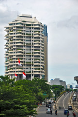 Wisma Intiland dan Jalan Satrio (Ya, saya inBaliTimur (using album)) Tags: jakarta building architecture arsitektur gedung office kantor
