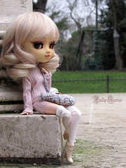 Lovely Lady ♥ (Little Queen Gaou) Tags: doll groove pullip full custo garden jardin parc paris city ville winter hiver photography photographie fashion mode artist