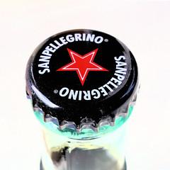 Made in Italy (andtor) Tags: macromondays hmm rx100 fastener kronkorken verschluss sanpellegrino chino chinotto highkey