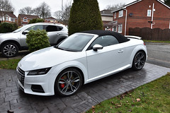 just give it a good cleaning (covertsnapper1) Tags: audi tts convertble turbo