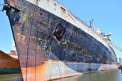 SS United States Exterior (calitochicago) Tags: ssunitedstates cruiseship 1950ssteamership old vintage rust philadelphiapa americasflagship blueriband bigu oceanliner vintageoceanliner