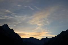 Bonjour! (Wycked Pépé) Tags: paysage montagne leverdesoleil pyrénées