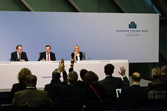 ECB Press Conference - 25 January 2018 (European Central Bank) Tags: 01 2018 ecb ecbmainbuiding europeancentralbank frankfurtammain germany governingcouncilpressconference january mariodraghi pressconferenceroom vitorconstancio