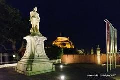 Corfu Town by Night (Holfo) Tags: corfu greece corfutown statue nikon d5300 night fortress glow building