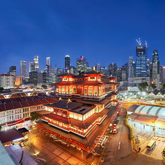 Buddha Tooth Relic Temple (yimING_) Tags: chinatown buddhatoothrelictemple temple architecture tourism religion teaching cityscape landscape