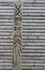 Totemic (Ievinya) Tags: totemic totēmisks totēmastabs wooden koka cinevilla decorations dekorācijas