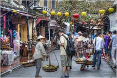 424 - COMERCIO CALLEJERO EN HOI AN - VIETNAM - (--MARCO POLO--) Tags: exotismo curiosidades calles ciudades asia