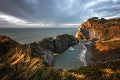 Magic moment (Einir Wyn Leigh) Tags: landscape seascape pov me holiday break ocean sea cove cliffs water sky horizon grass nature england uk dorset lulworth colorful beauty outdoor winter