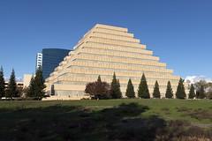 Anglų lietuvių žodynas. Žodis capital of california reiškia kapitalo kalifornijos lietuviškai.