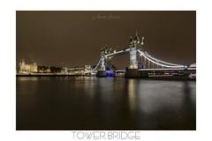 THE FAMOUS ONE (champollion-10) Tags: bridge london londres river cityscape cityscenes puente río ciudad night noche nwn ngc england canon d60