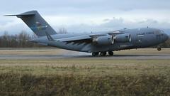06-6165 (Breitling Jet Team) Tags: 066165 usaf united states air force boeing c17a globemaster iii euroairport bsl mlh basel flughafen lfsb