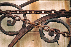 chain and rust (annapolis_rose) Tags: chain rust rusty rustyiron vancouver franklinstreet strathcona