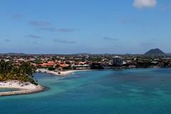 Aruba (vannuc) Tags: orizzonte horizon winter holiday trip travel colors capodanno crociera ship mare caraibi aruba cruise sea
