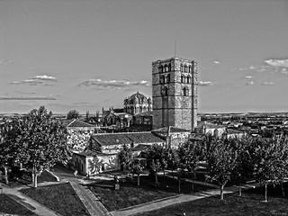 La Cúpula y la Torre