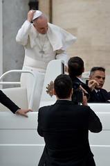 Papa-58 (Fabio Nedrotti) Tags: altreparolechiave luoghi papa papafrancesco persone roma vaticano piazza san pietro