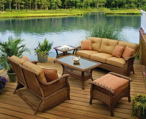 Choosing The Best Outdoor Furniture For Your Home