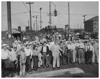 Railroad workers defy Truman; resume strike: 1946